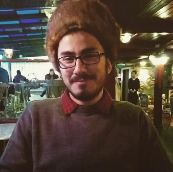 Kudüs Gezisi - Dışarıda Kalpak ile Gezen Bir Adam: Tunç Ilgın
