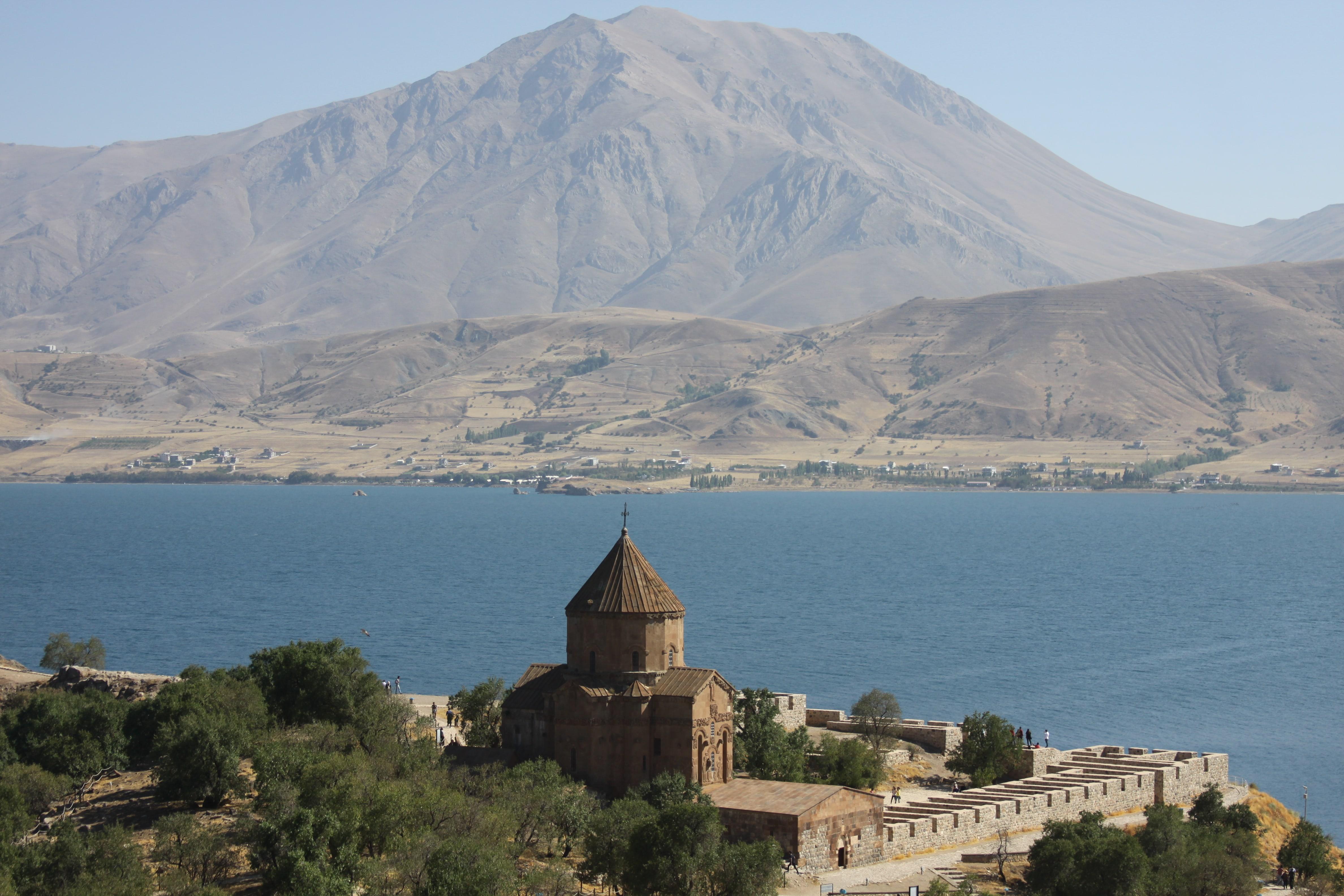 Doğu Anadolu Gezilecek Yerler - Ahtamar-Van