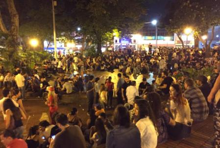 Kolombiya Gece Hayatı Medellin - Beyefendi Gibi