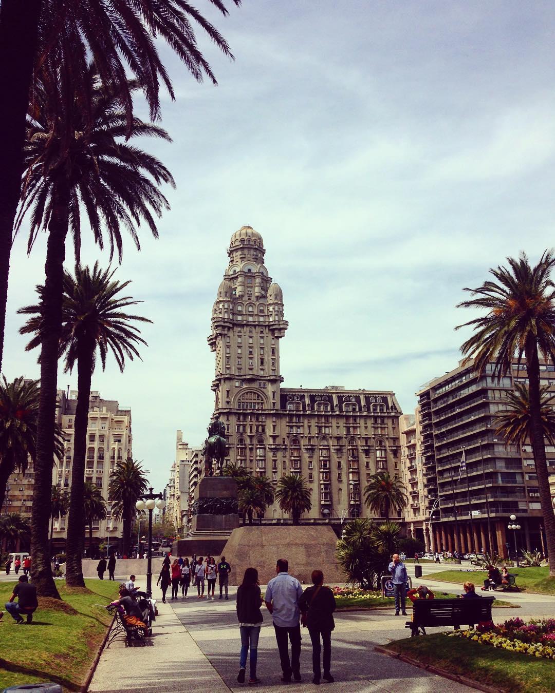 Uruguay Gezilecek Yerler Montevideo Şehir merkezi